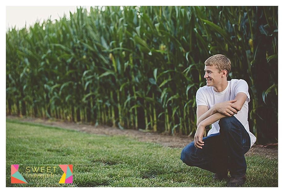 FFA-Boys-Senior-Photo-Session-Tuscola-Mahomet-Illinois-Sweet-Lemonade-Photography_0447