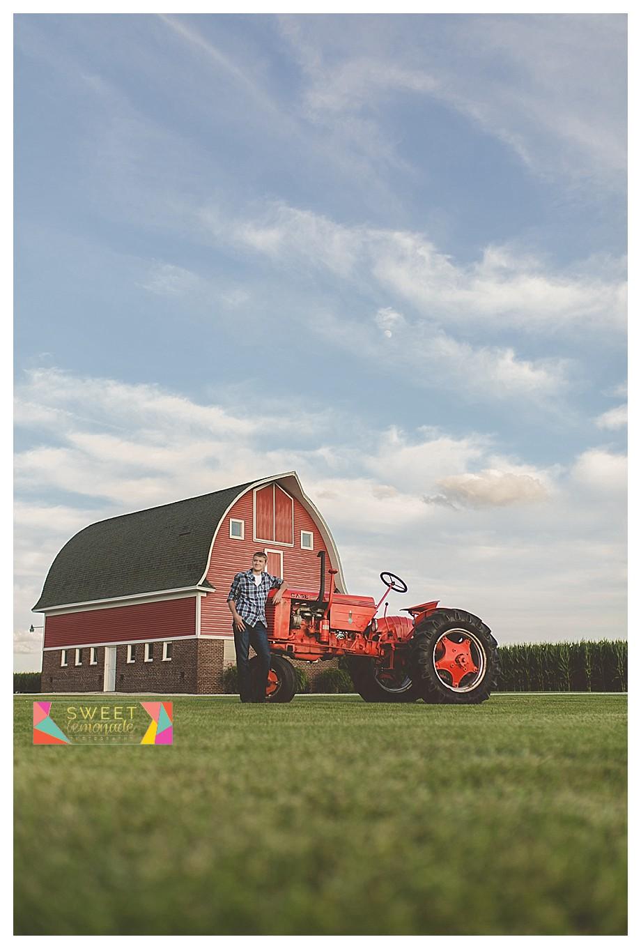 FFA-Boys-Senior-Photo-Session-Tuscola-Mahomet-Illinois-Sweet-Lemonade-Photography_0449