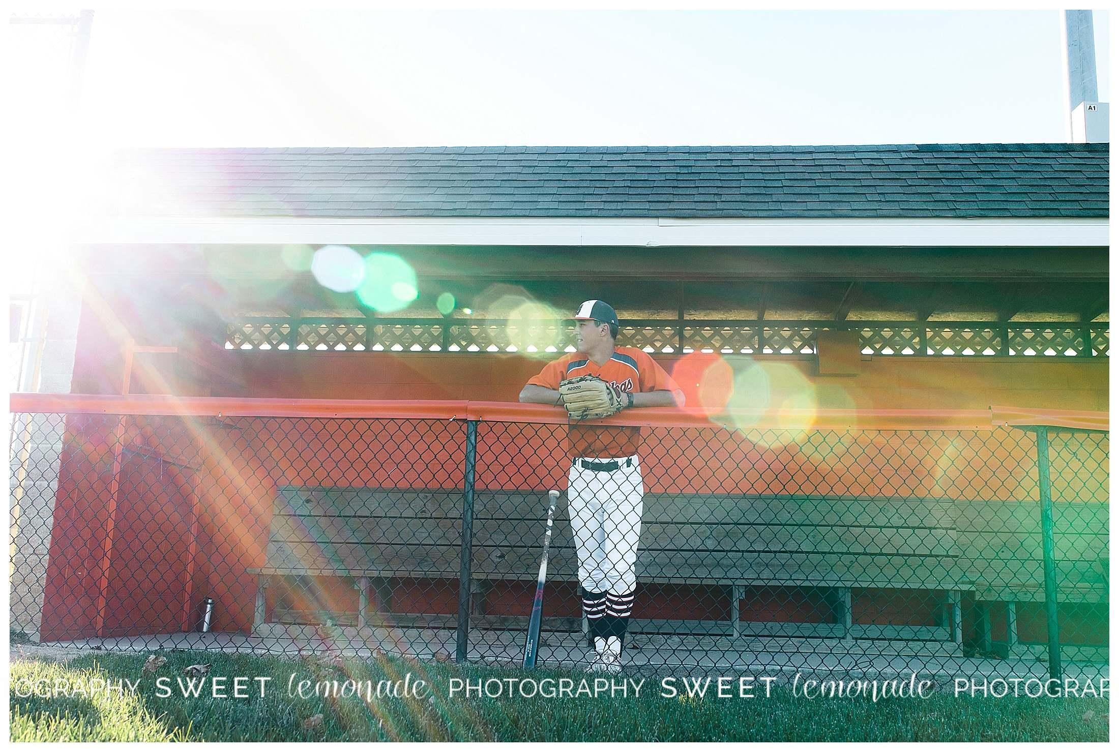 champaign-mahomet-illinois-senior-photographer-notre-dame-baseball-sweet-lemonade-photography_1775.jpg