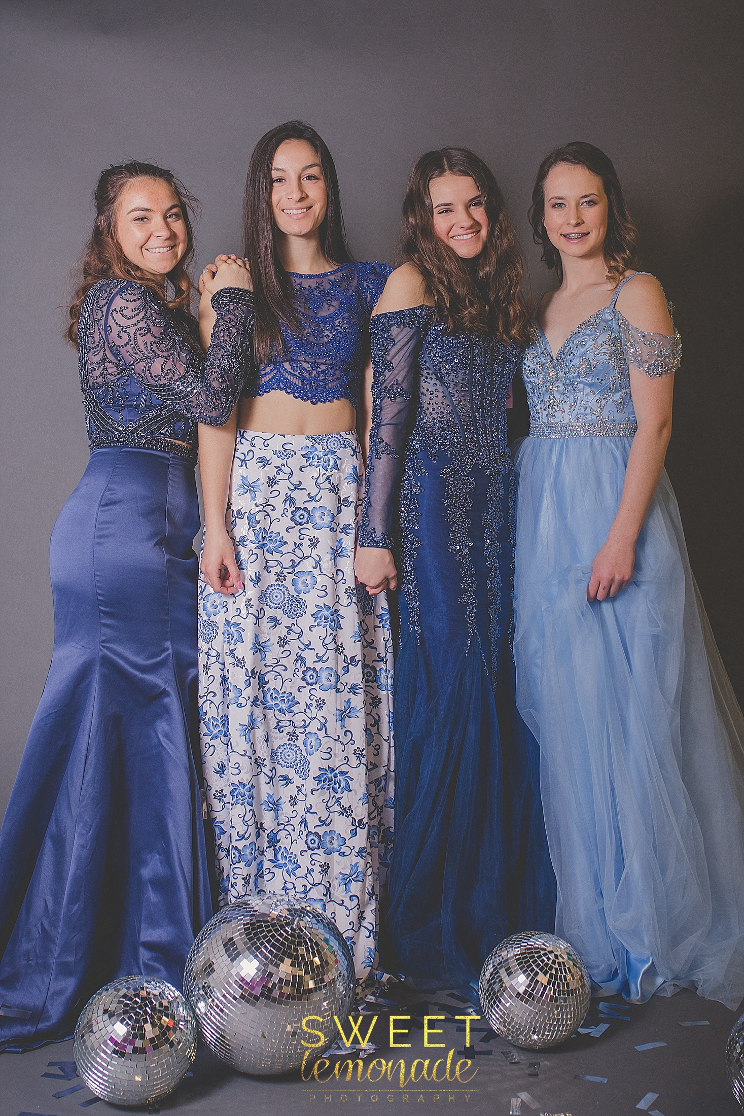 m2-formal-store-prom-dresses-gown-navy-gold-glitter-champaign-illinois_2007.jpg