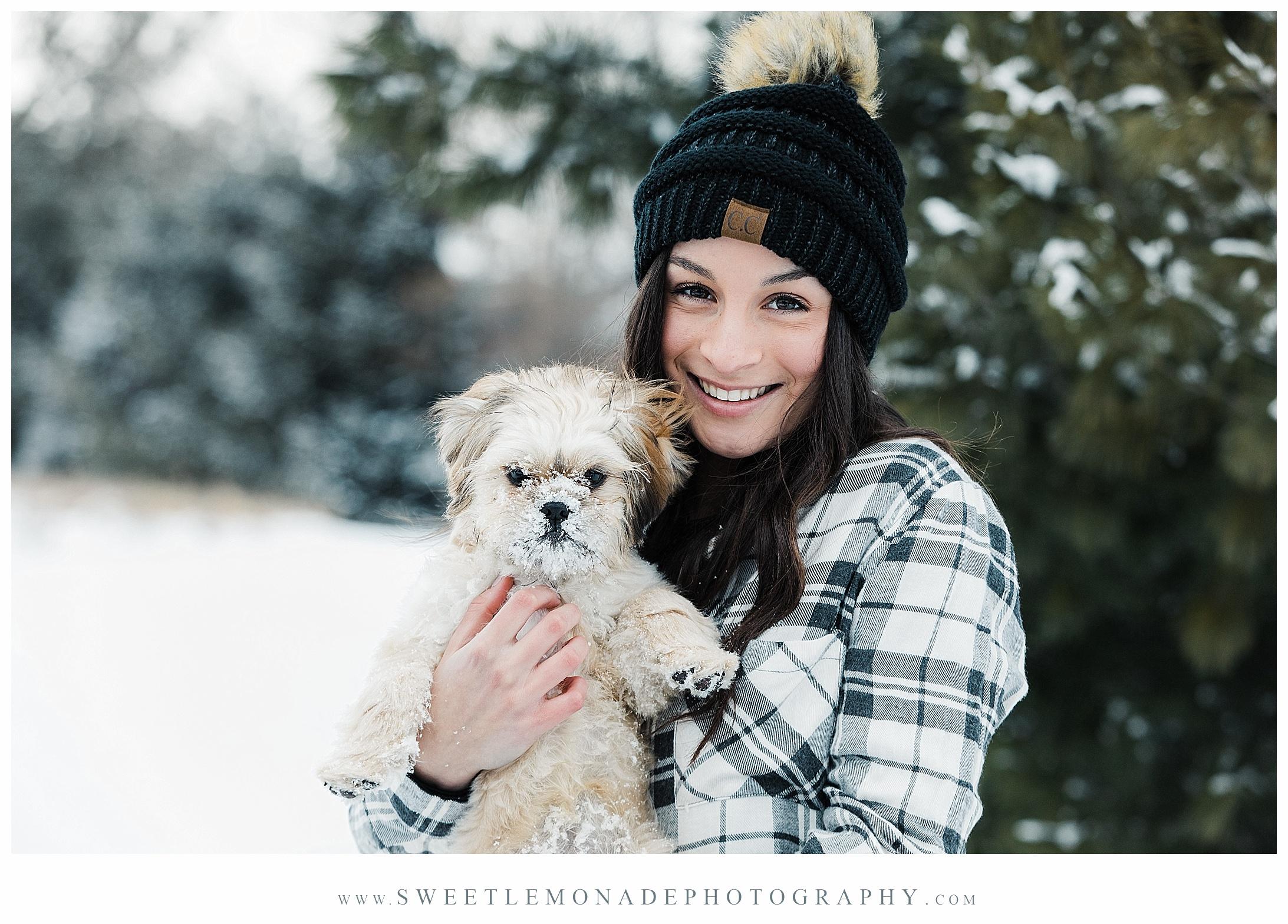 mahomet-illinois-snow-senior-pics-winter-dog-sweet-lemonade-photography_2081.jpg