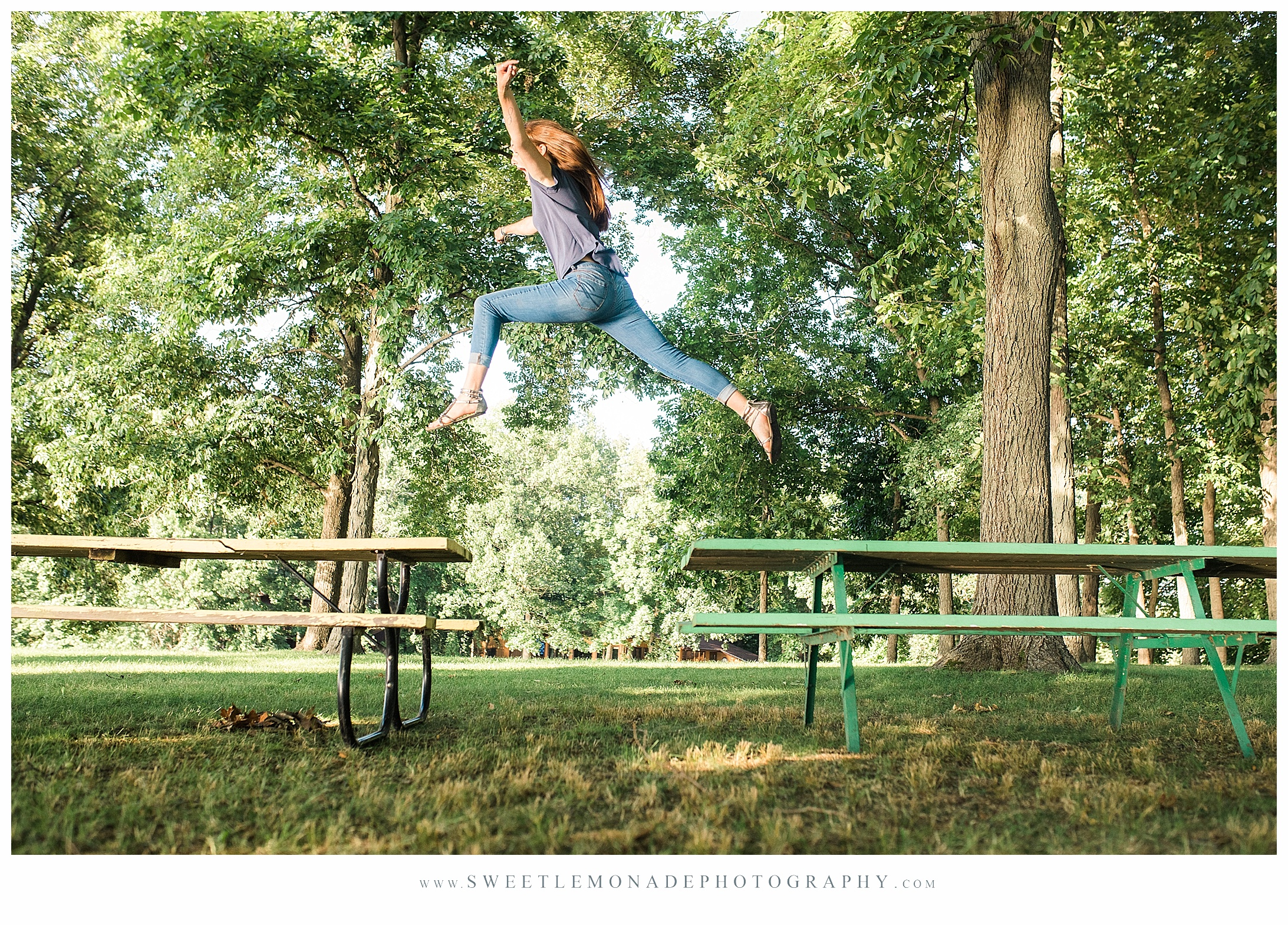 champaign-senior-photographer-sweet-lemonade-photography-st-thomas-more-high-school_2313.jpg