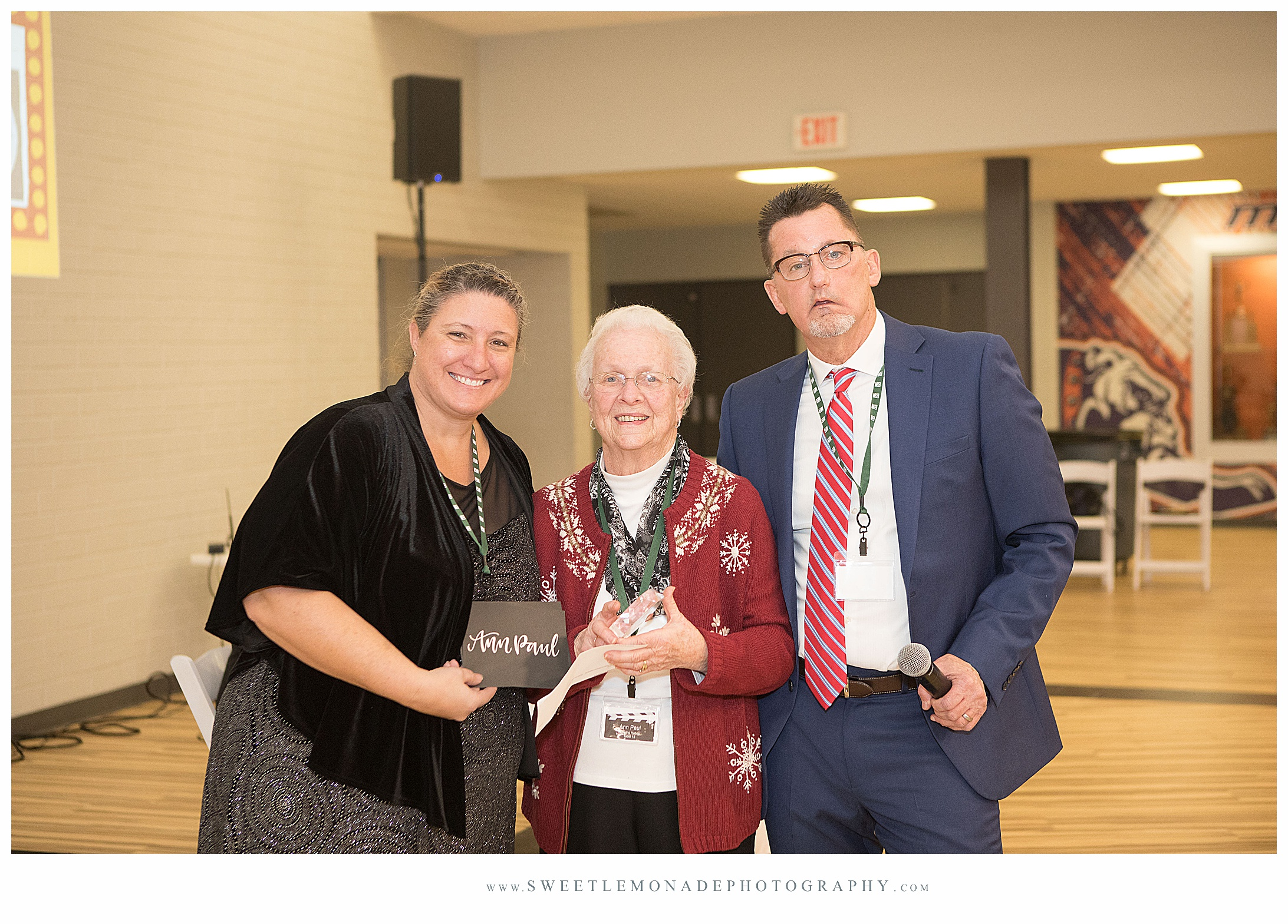 champaign-illinois-senior-photographer-chamber-awards ceremony_2382.jpg