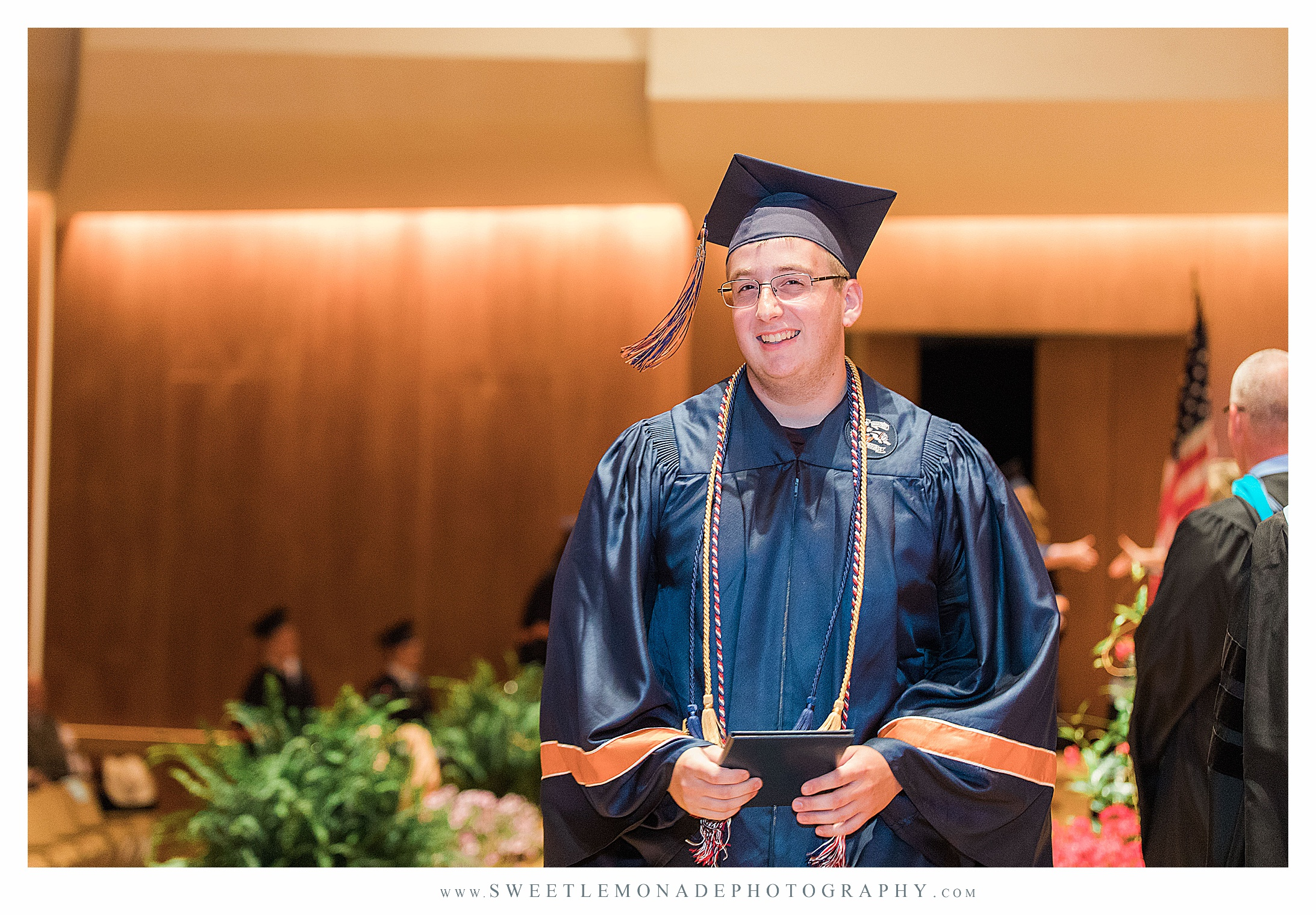champaign-illinois-krannert-center-graduation-sweet-lemonade-photography_2460.jpg