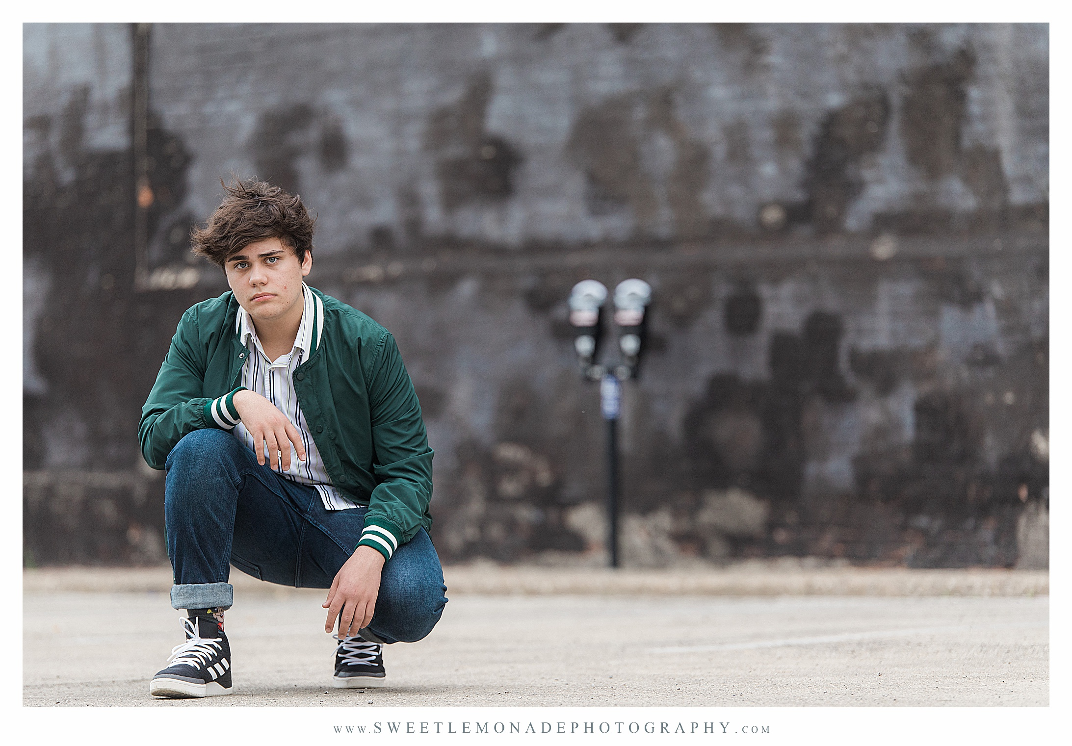 boys-outfit-ideas-senior-pictures-champaign-sweet-lemonade-photography_2705.jpg