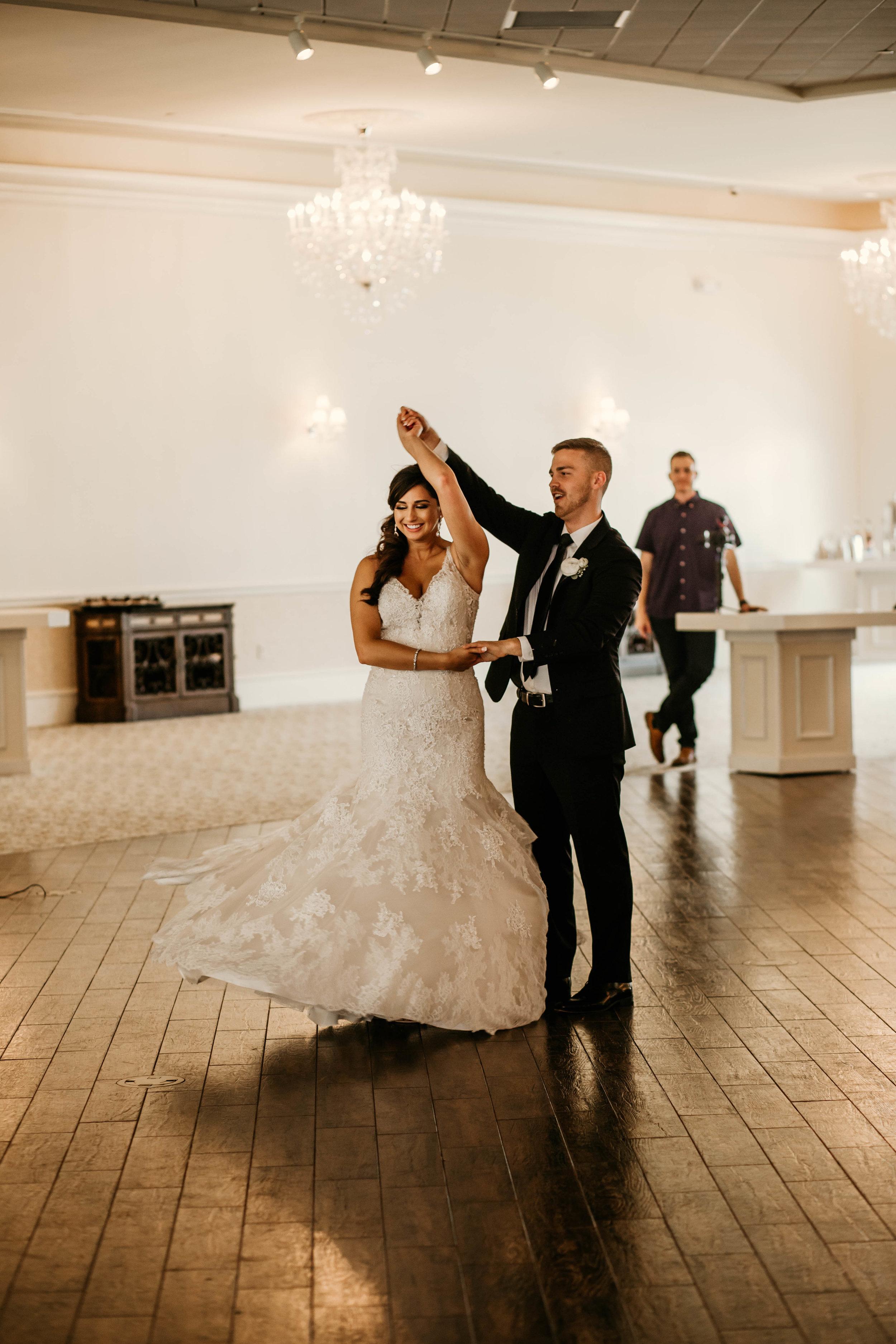 sarah_jason_ashton_gardens_west_houston_wedding-56.jpg