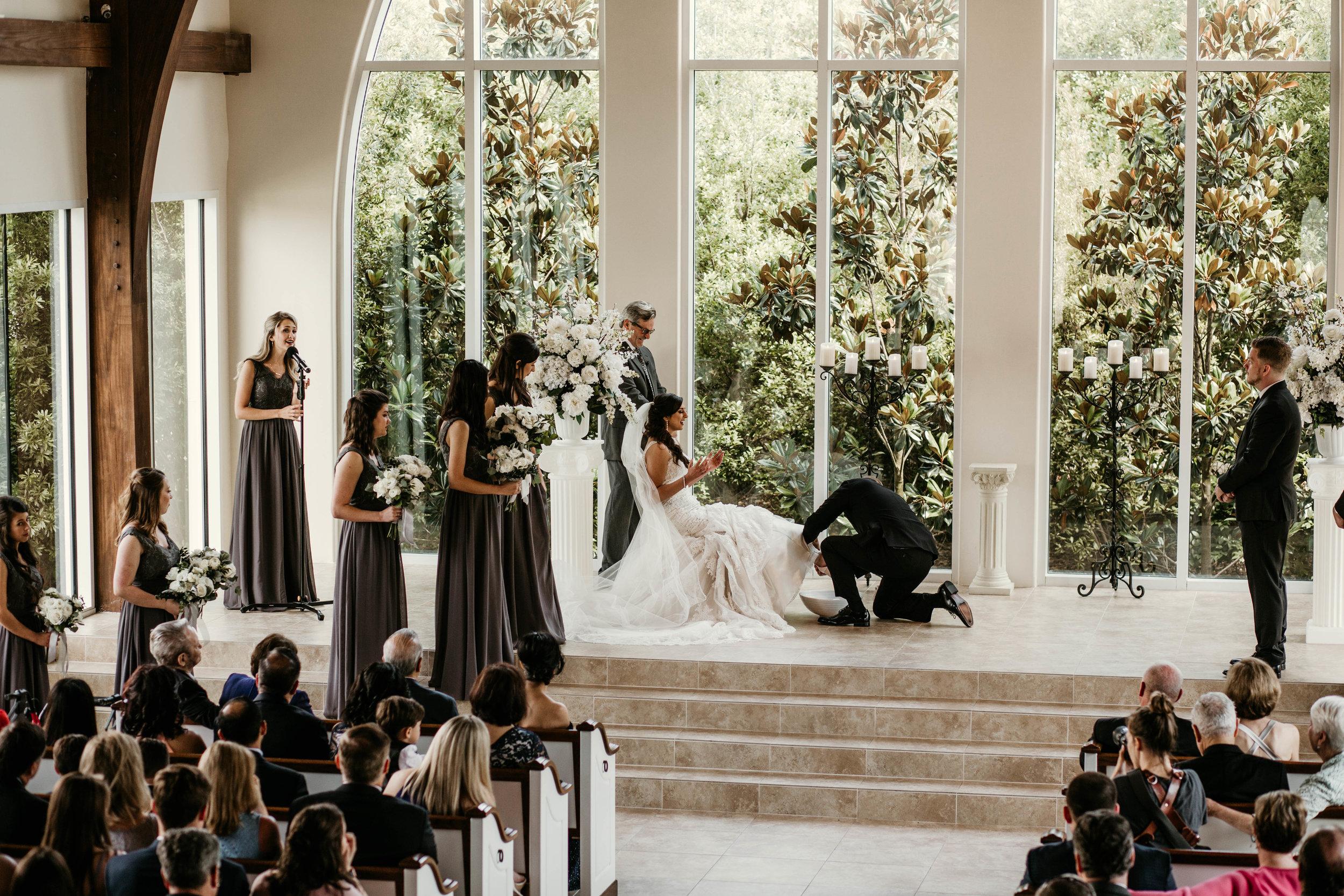 sarah_jason_ashton_gardens_west_houston_wedding-35.jpg