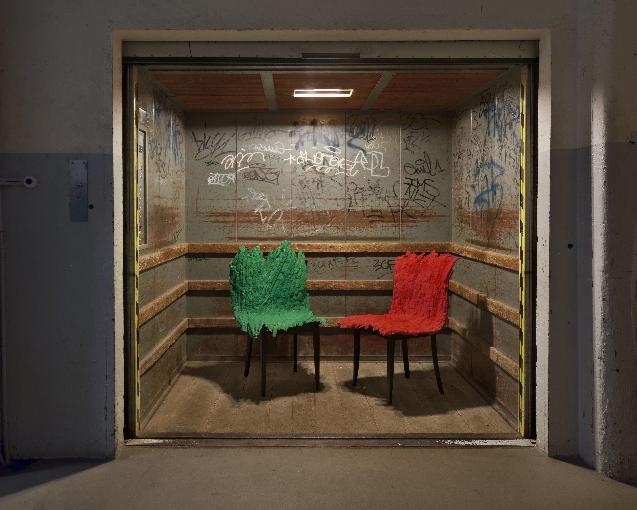 eliott chair