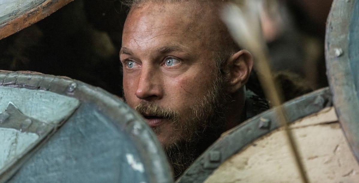 Travis-Fimmel-on-Vikings.jpg