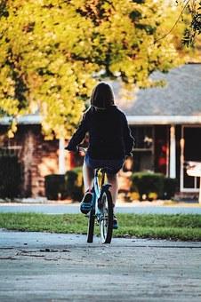 ride-863664-340_orig.jpg