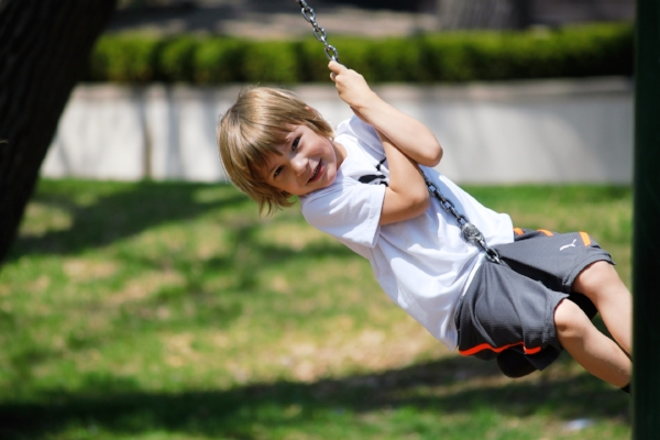 swing-2180703_1920.jpg
