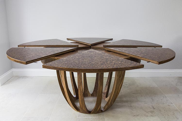 Brown oak expanding dining table 03.jpg
