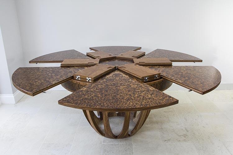 Brown oak expanding dining table 04.jpg