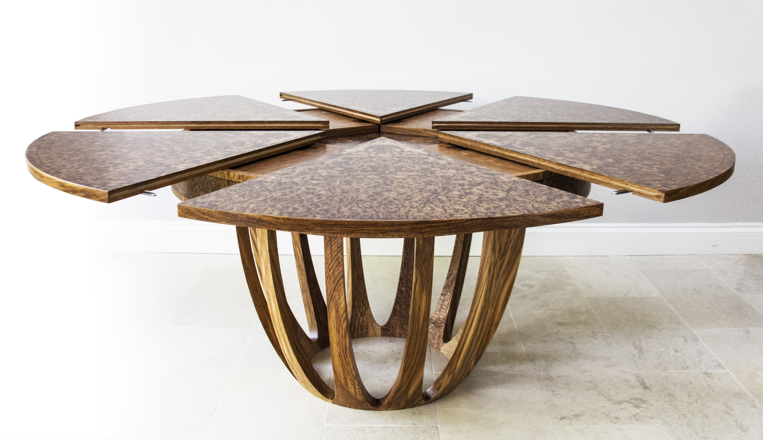 Brown Oak Expanding Circular Dining Table Johnson Furniture