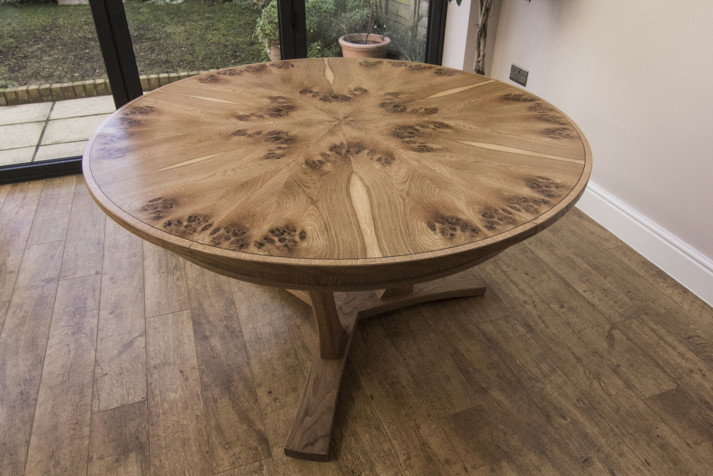 Pippy oak table 001.jpg