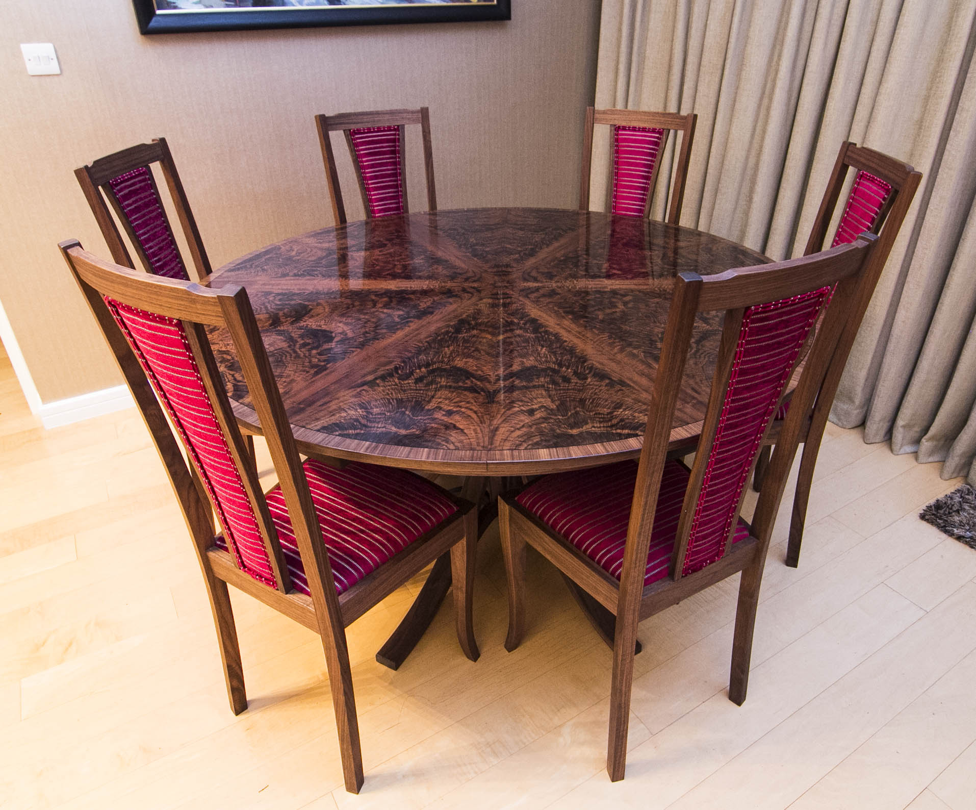 Walnut Dining Table_06.jpg