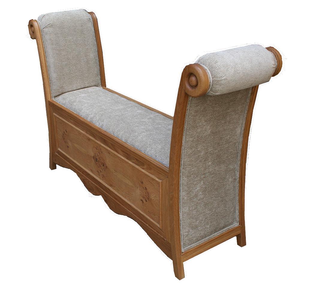 Chaise Lounge in pippy oak
