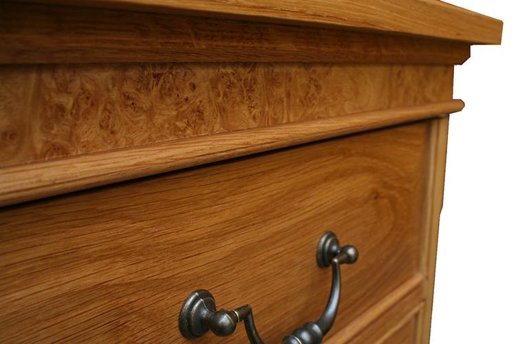 Knee Hole Desk in Oak