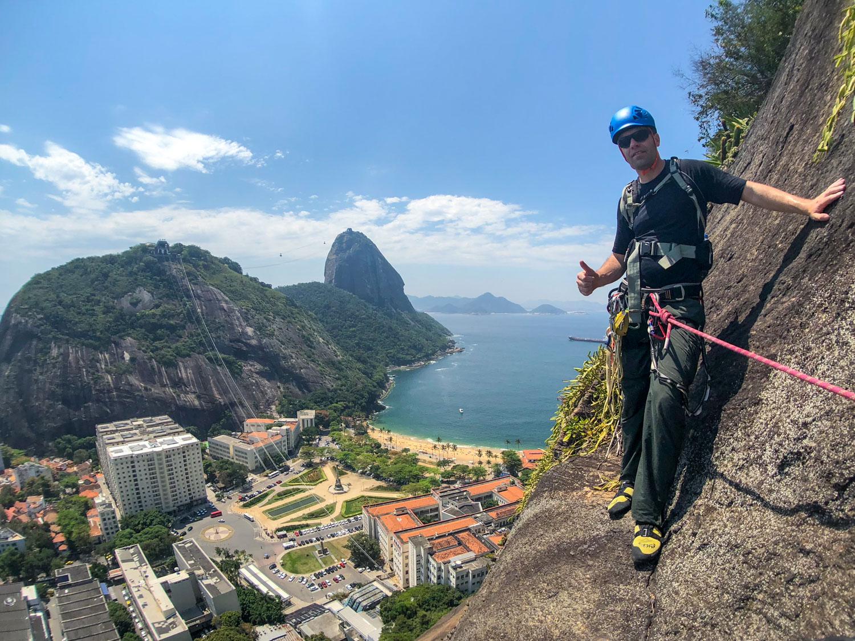 Escalada guiada no Morro da Babilônia, Rio de Janeiro