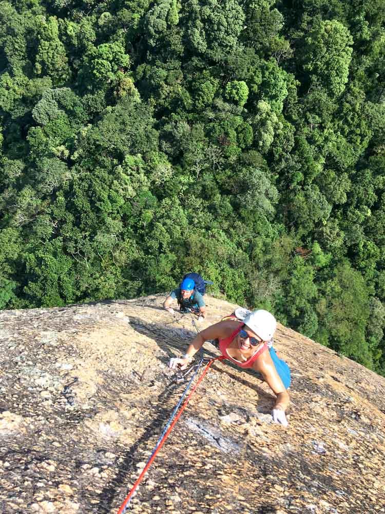 rock-climbing-rio-de-janeiro-sugarloaf-mountain-route-italianos.jpg