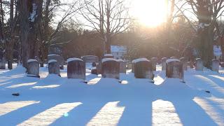 snowgrave.jpg