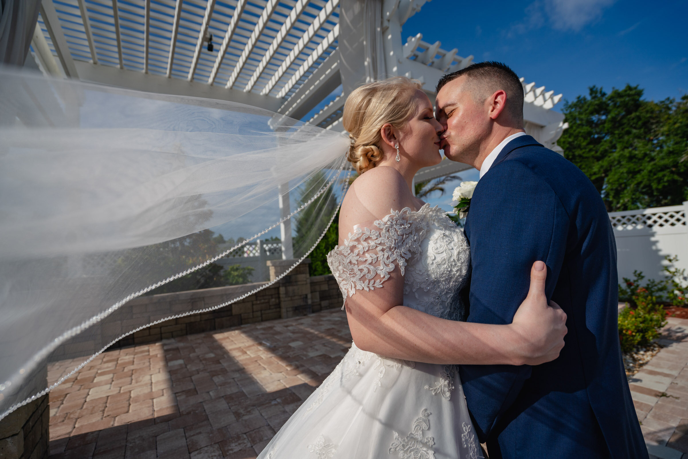 Any size bridal veil can make for a great portrait