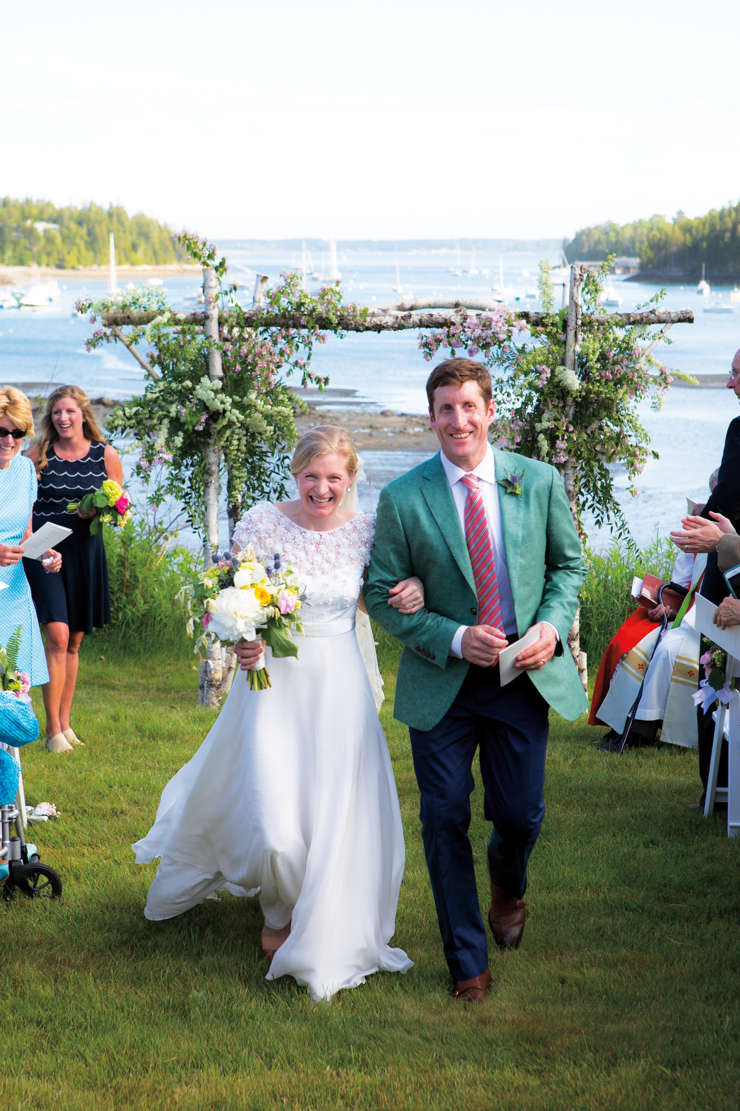 Prescott Logan '91 married Amory Loring '00 in Northeast Harbor, Maine.