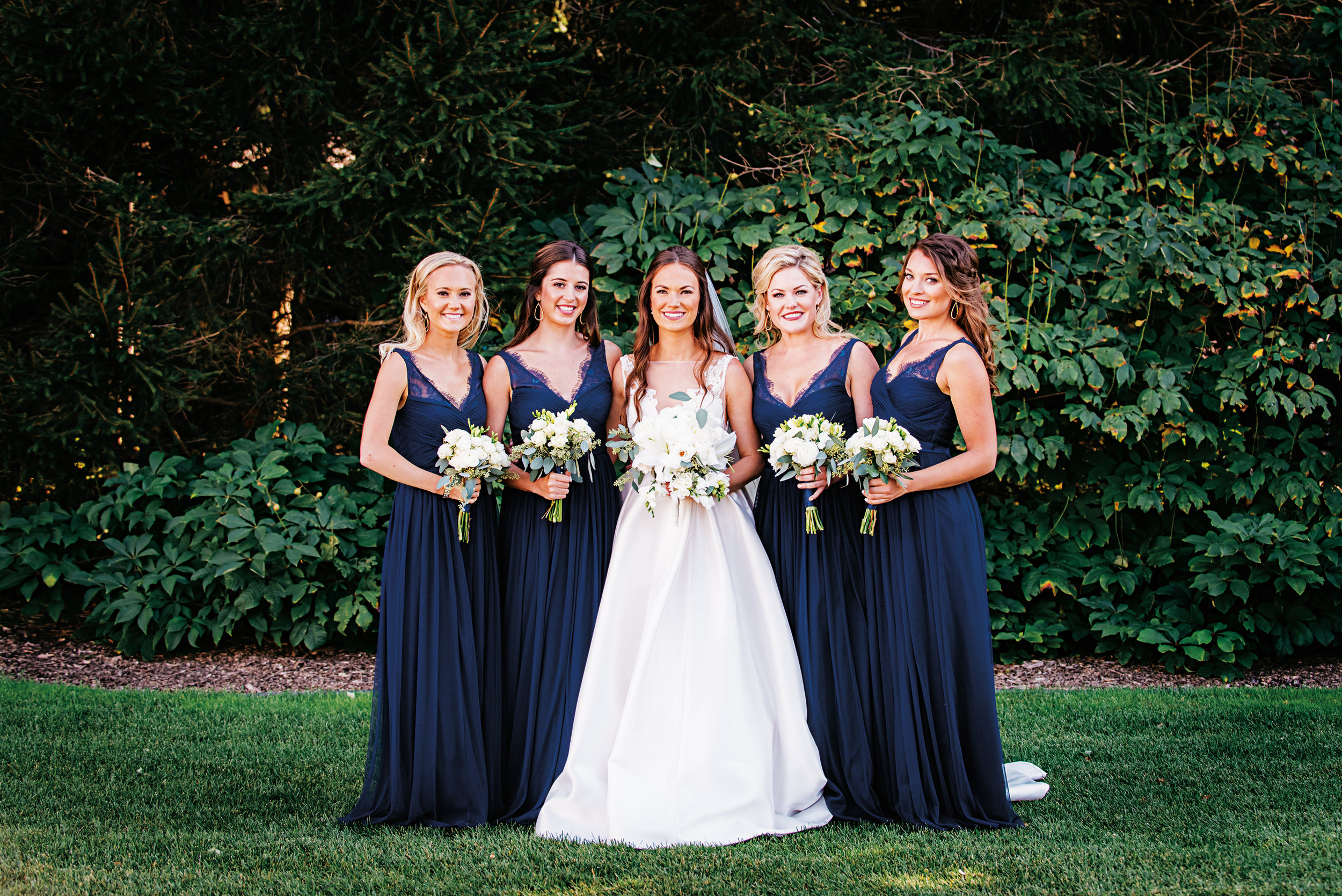 Natalie (Kleeman) Klapholz '09 married her college sweetheart, Jacob Klapholz, on September 9, 2017, in Lake Bluff, Ill., with four Paulies in the bridal party. (l. to r.): Andie Kleeman '11, Isabel Mitchell '09, Natalie, Taylor Willis '09, and Stephanie Schaeberle '09.