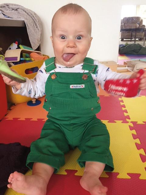 Kasper Hart Zellers (11 months), the youngest of three grandsons of Jeffrey Zellers '72.