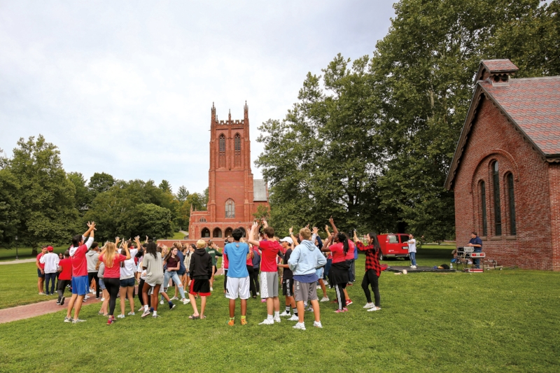 New students participate in Opening Days orientation.