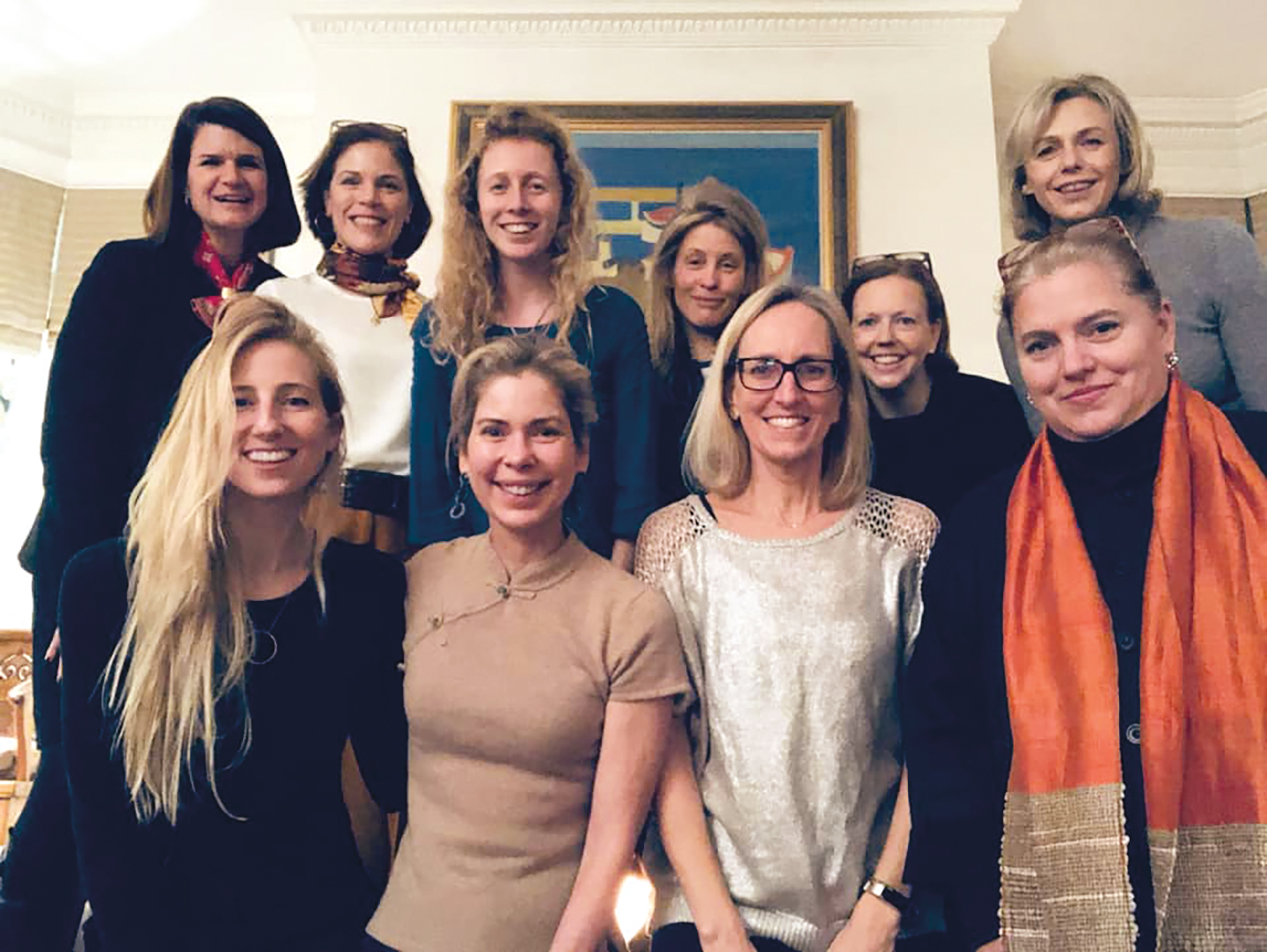London  Suzanne Ferlic Johnson '86 hosted nine women for dinner, one of seven international seated meals.