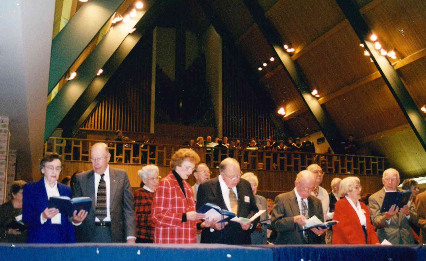 An historical photograph of the interior of First Presbyterian Church, Sioux Falls, showcasing the mid-century sensibilities of the building designed by Spitznagel Architecture.