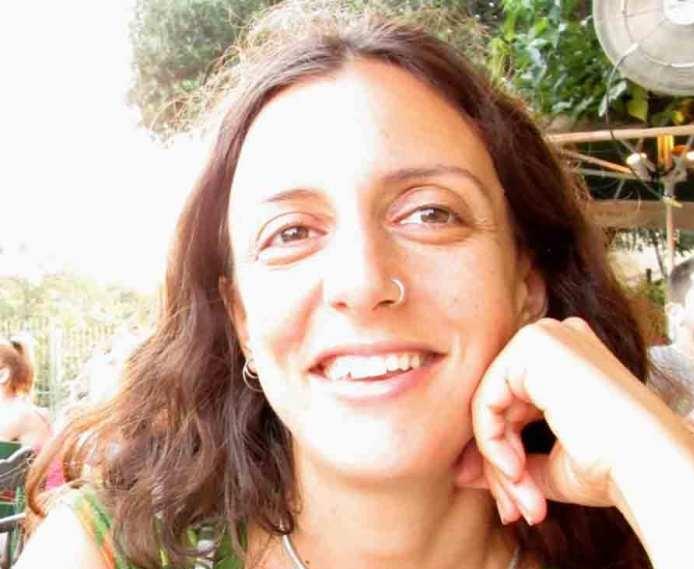 Angelika-headshot.jpg