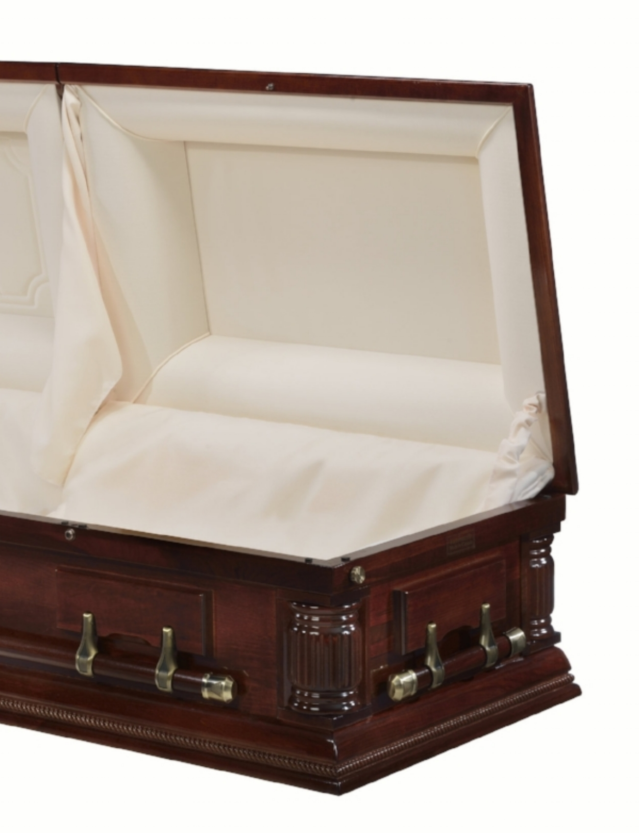 Fully finished foot cap panel in all caskets in our Classic selection.