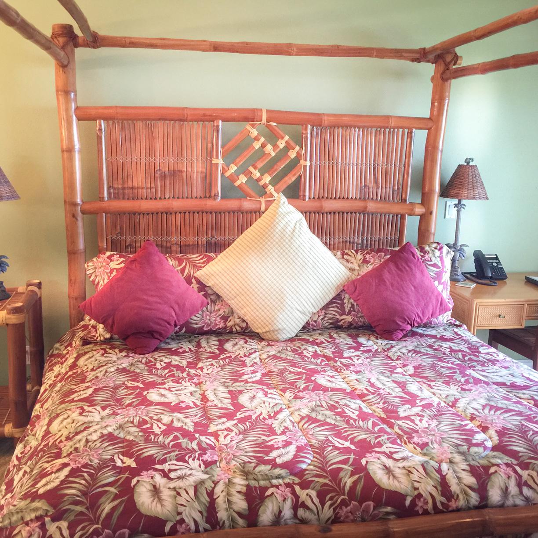 The Tropical Splendor Room at The Palms Cliff House Inn, Honomu, Hawaii (9 of 18).jpg