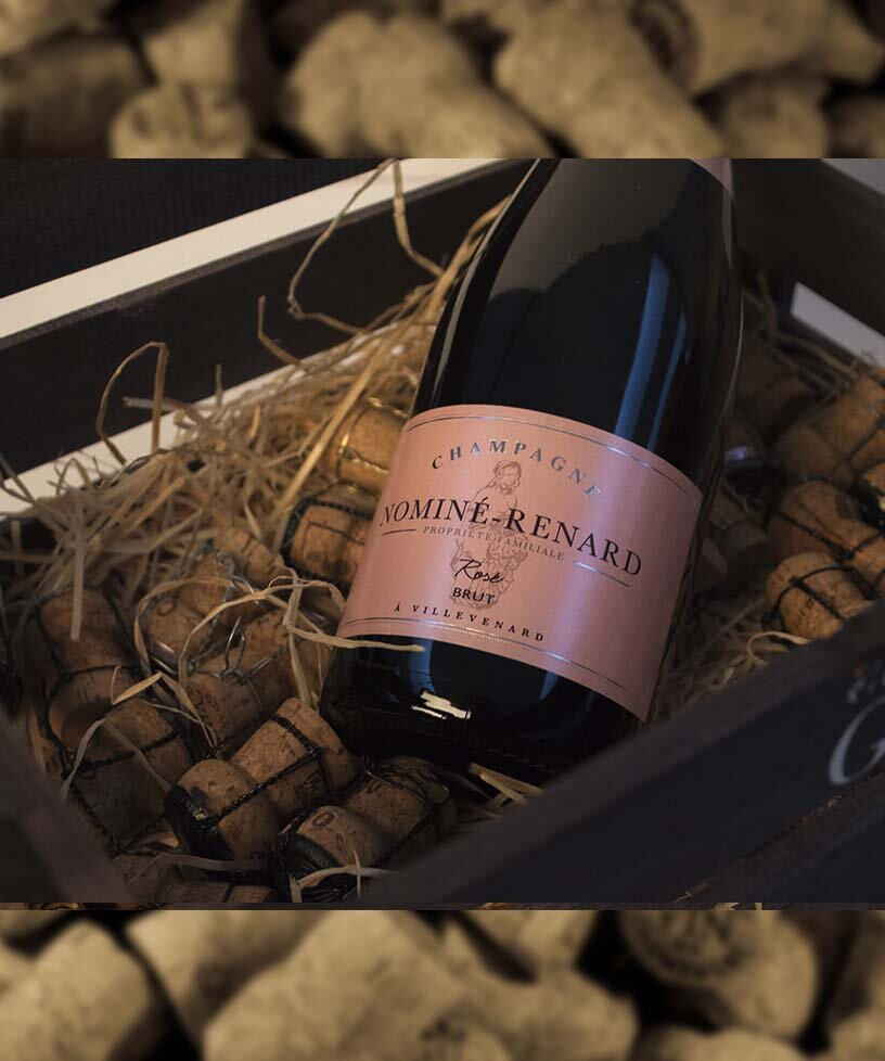 BRUT ROSÉ - Drue: 45% Chardonnay - 45% Pinot Meunier - 10% Pinot Noir(red wine)Terroir: Villevenard - EtogesBlanding: 75% 2013 - 25% ReservéVinificering: ståltanke - malolaktisk gæringLaring: minimum 3 års lagring på flaske (på bærmen)Dossage: 11 g/LFlaske: leveres i 0,75L