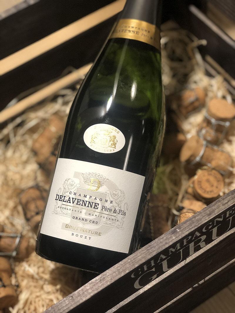 Brut Nature Grand Cru - Drue: 60% Pinot Noir - 40% ChardonnayTerroir: 100% Bouzy Grand cruBlanding: 80% 2012 - 20% ReservéVinificering: ståltanke, ingen malolaktisk gæringLagring: ca. 5 års lagring på flaske (bærmen)Dossage: 0 g/LFlaske: leveres i 0,75L
