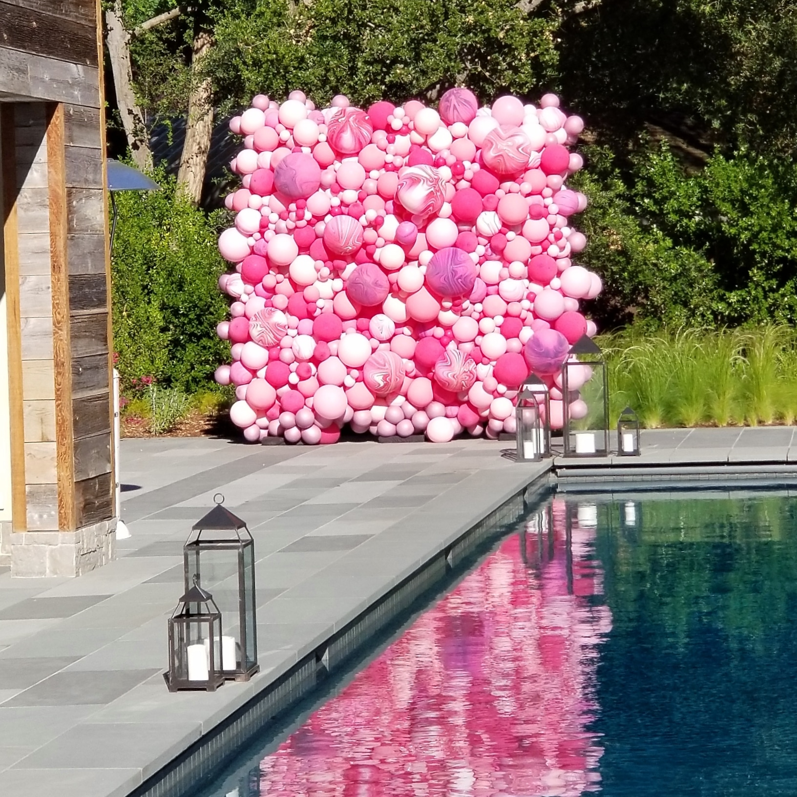 Balloon Wall - Atherton - Birthday Baloon Delivery - Zim Balloons.jpg