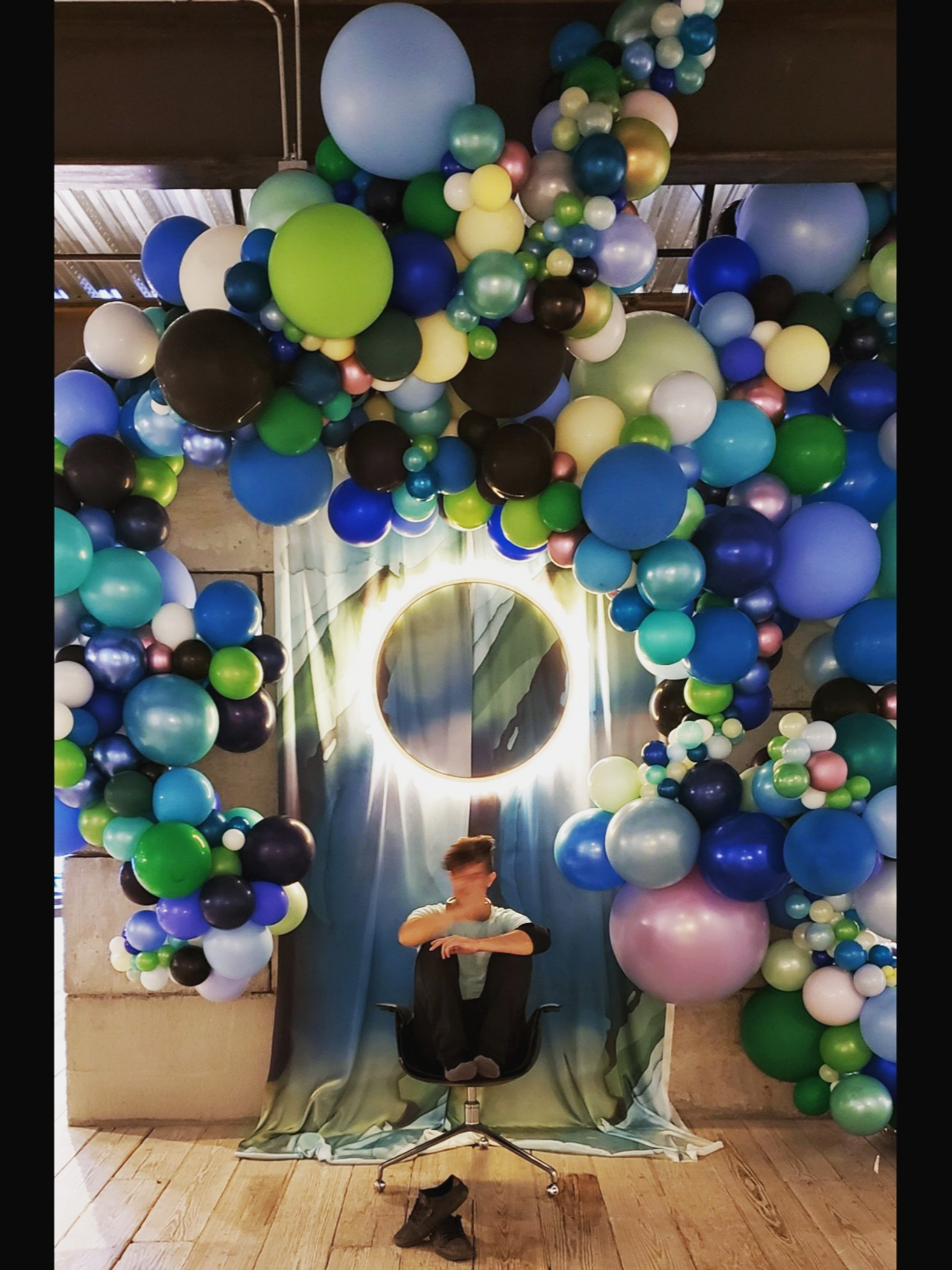 SF Balloon Delivery - Organic Balloon Installation - Zim Balloons.jpg