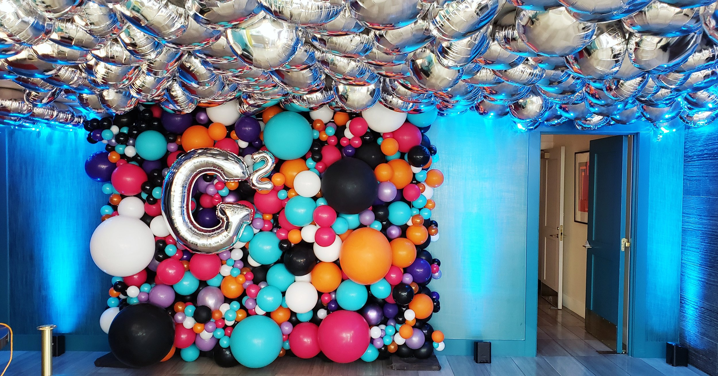 Organic Balloon Wall SF Bay Area Balloon Shop - Zim Balloons.jpg