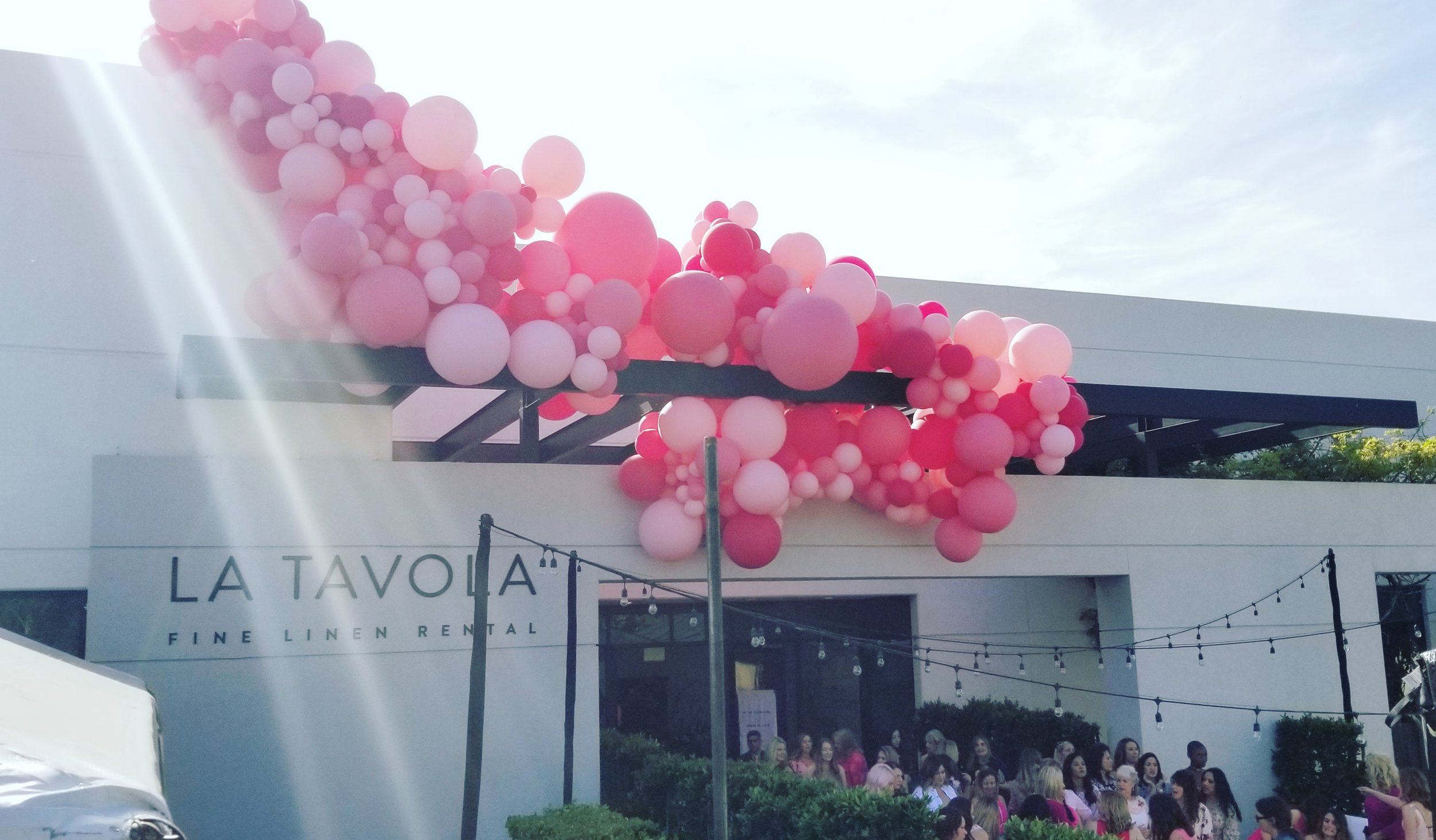La Tavola Party Balloon Installation Napa California - Balloon Stylist - Zim Balloons.jpg