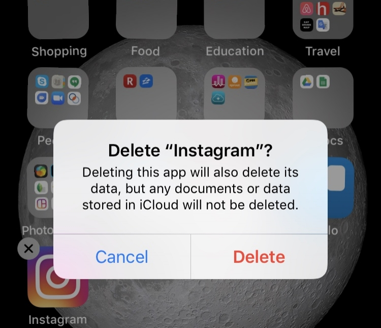 deleting_instagram_feminest.jpeg
