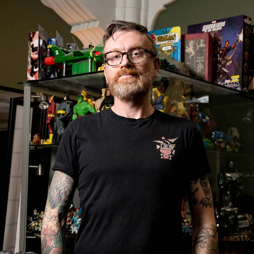 Simon Morse - Simon is described as a 'comic book genius'. He is a New Zealand artist better known in the USA and Japan. In more recent years, Simon has been directing his magic into the world of tattoo. His custom art draws people from all over New Zealand.