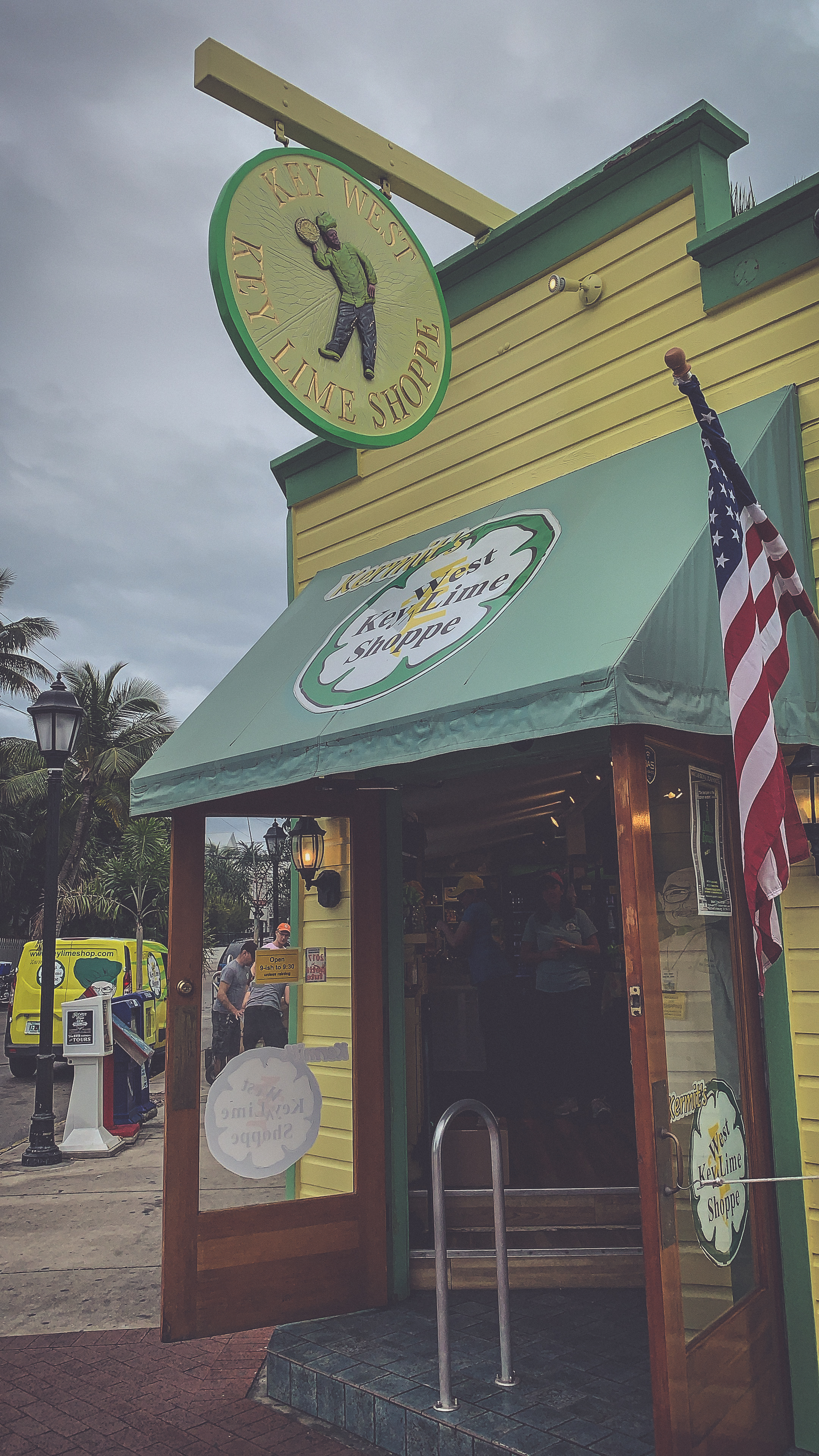 Kermit's Cafe Kitchen & Key Lime Shoppe