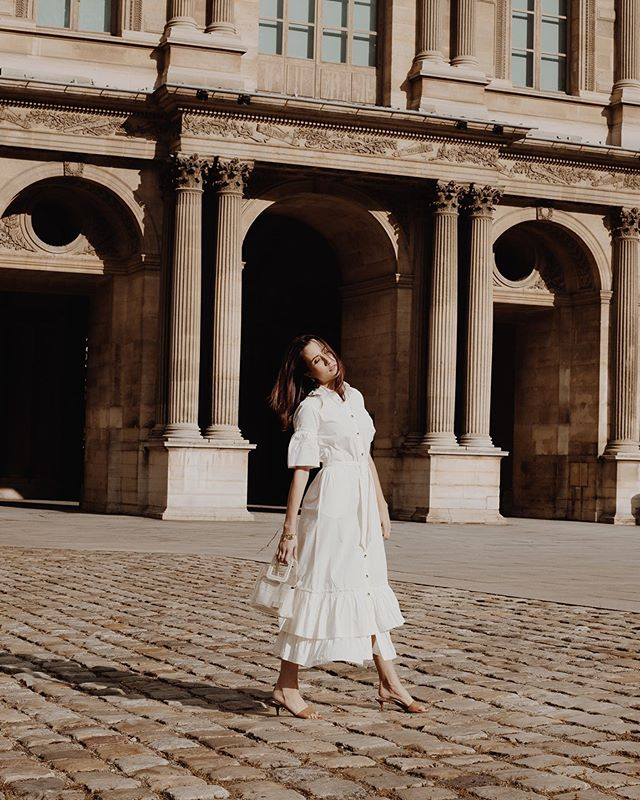 I just really louvre it here 🇫🇷 • • 📸 by the incredible @oliviaghalioungui #insprny