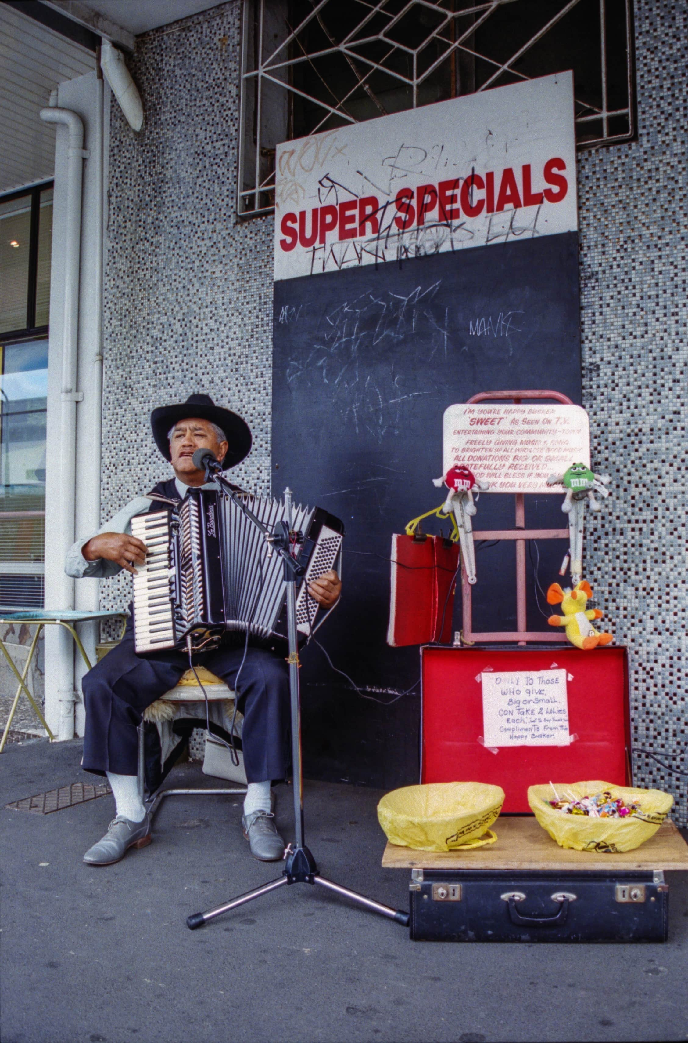 Busker Onehunga Mall. Photo credit: Stjohn Milgrew. 2002.