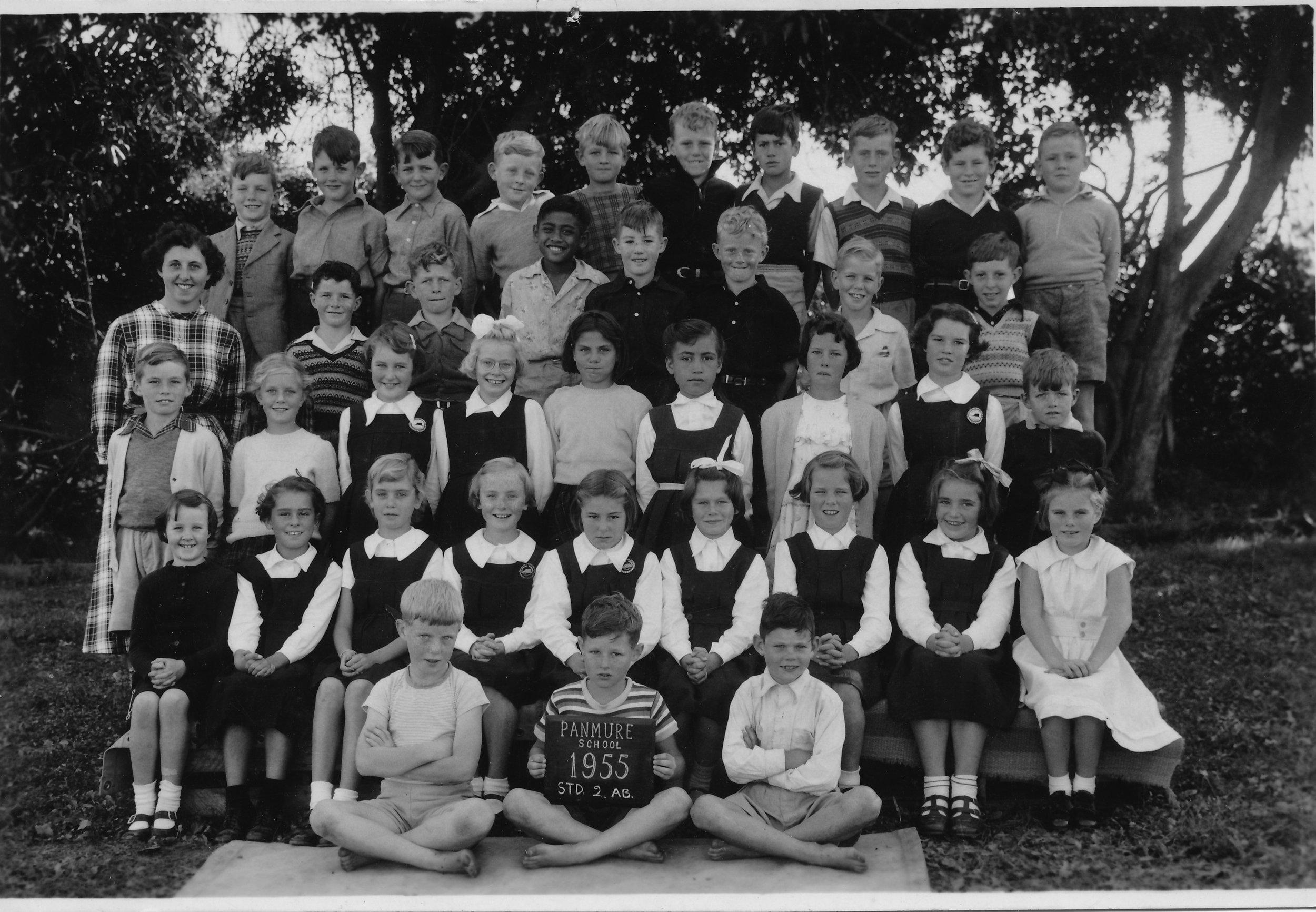Panmure School class of Miss Lorraine Abraham. Image credit: Jordan Lapish. 1955.