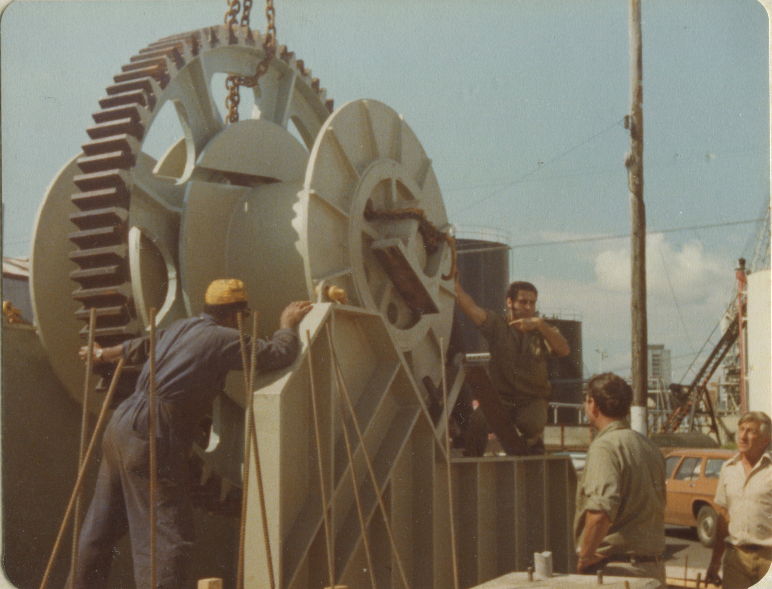 Roko, Nev and Pat (Circa 1970s) with a large Shipway wench. Image courtesy of Titan Marine Engineering.