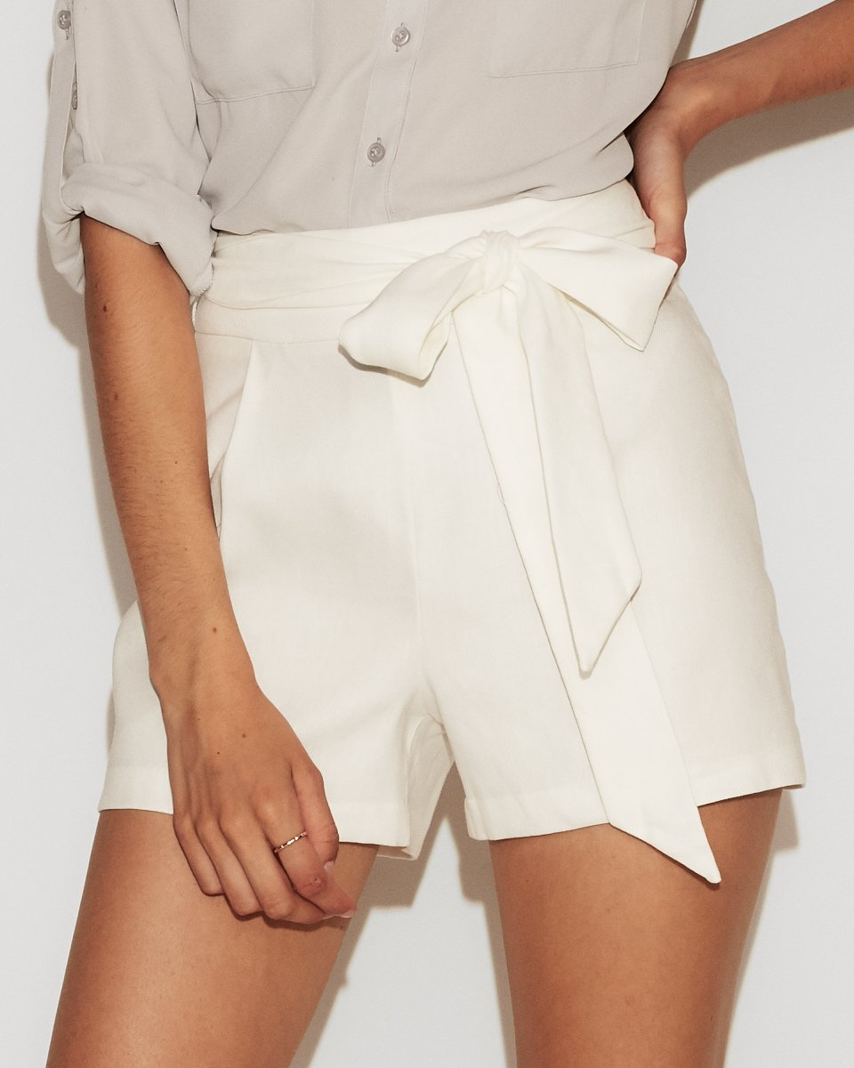High Waisted side tie linen shorts