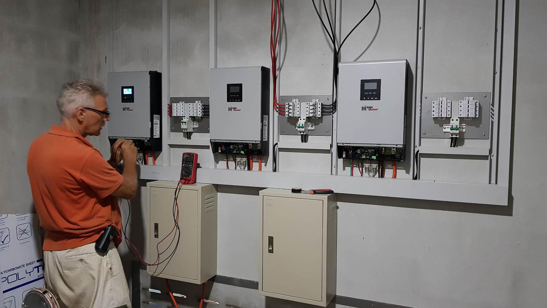 Aero solar-Farm house PV Backup-Sakon Nakhon-6.jpg